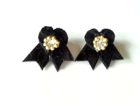 black velvet gold beads
